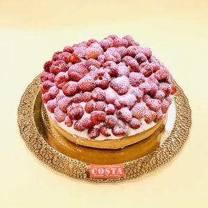 Immagine di Crostata Con Panna e Fragoline